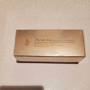 NEW Avon ANEW Solar Advance with SPF 45 - $12